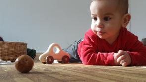 espai-maternal-acompanyament-a-la-crianca-0-2-anys-arbreda-creixent