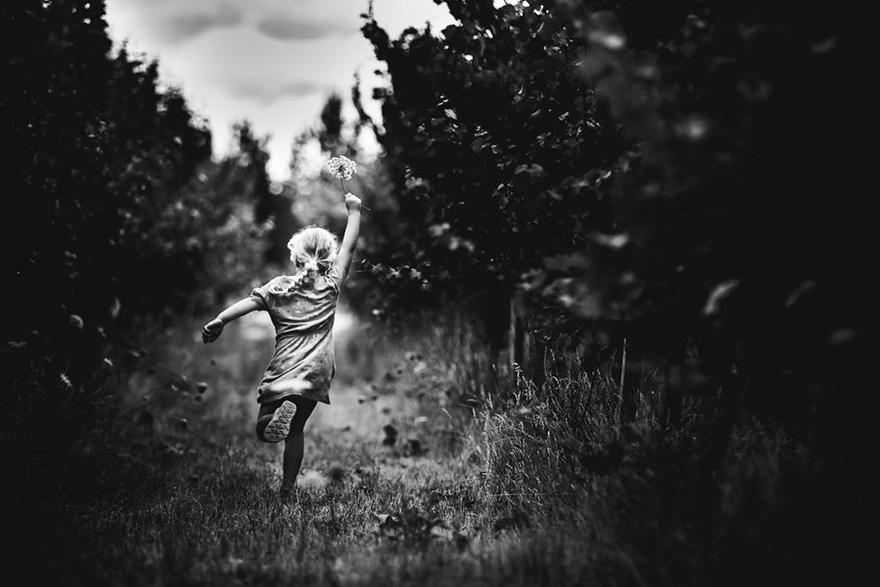 una-madre-fotografa-documenta-la-infancia-de-sus-hijos-sin-dispositivos-electronicos